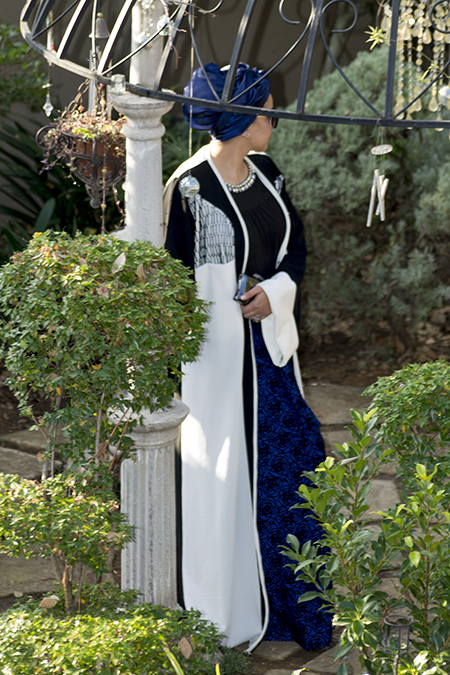 Monochrome abaya with blue skirt13 edit