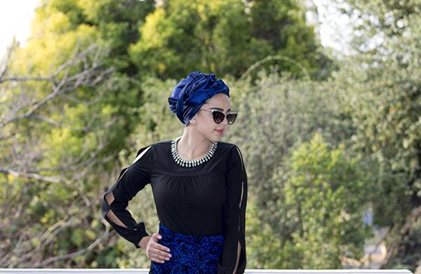 Monochrome abaya with blue skirt15 edit