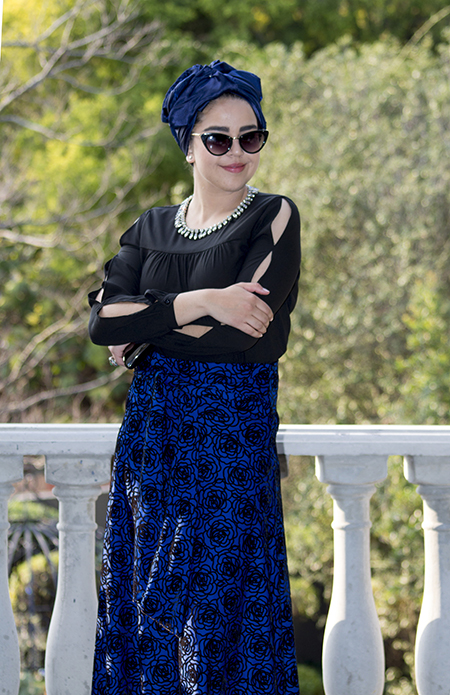 Monochrome abaya with blue skirt16 edit
