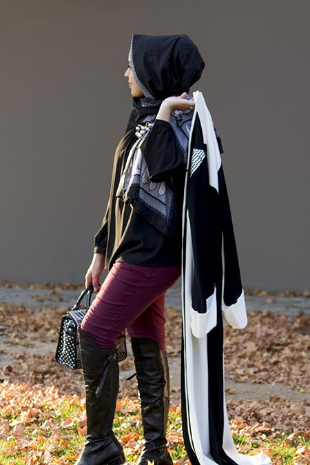 Monochrome abaya with burgandy pants12 edit