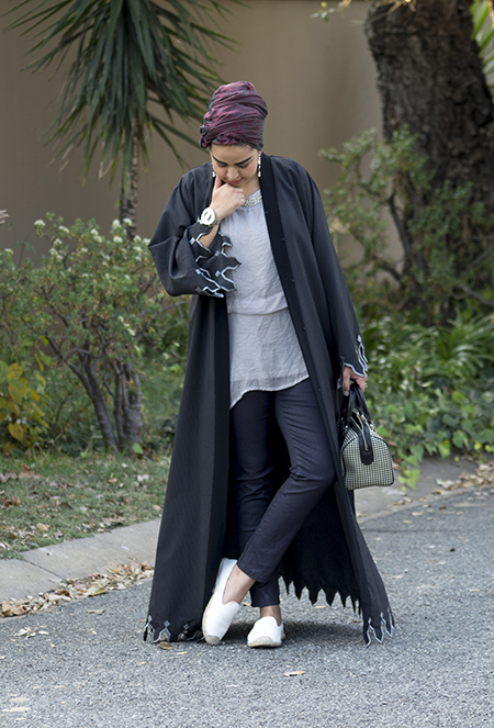Pinstripe abaya with grey top03 edit